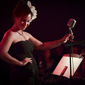 Stella Heath performing Billie Holiday