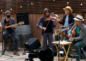 Back Porch-Estra band